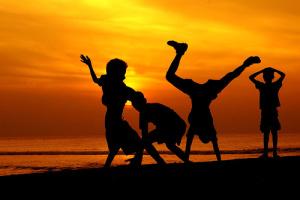 Sunset crazy kids